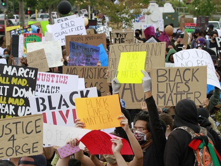 San Francisco State University students march in support of Black Lives Matter